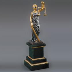 Недоступность судебной системы объяснили нехваткой судей