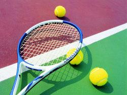 Теннисистки выиграли две медали, шпажисты - восьмые