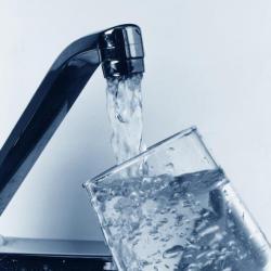 Планируется отключение воды в трех районах