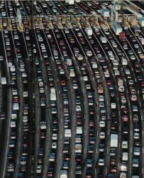 Предлагается вводить плату за въезд в города с перегруженными дорогами