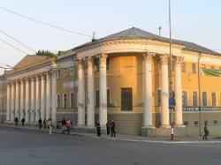 В этнографическом музее - чаепитие, краеведения - Петр и Екатерина Великие