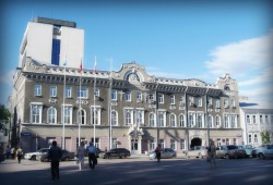"Депутат Ерофеев: ""почти на территории гимназии N3 собираются строить гостиницу"""