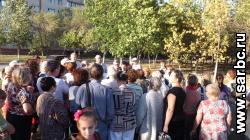 Горожане выступили против вырубки деревьев около стадиона