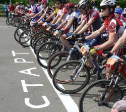 Велосипедист - девятый в парной гонке, триатлонист - третий в КР