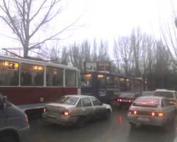 Временно прекращается движение трамвая