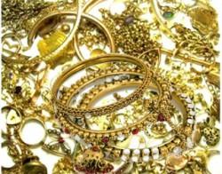 Из квартиры сотрудницы полиции похищено золото на 114 тыс. рублей