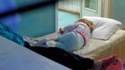 Избита двухгодовалая девочка