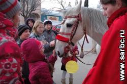 В Саратове прошло шествие с фонариками