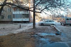 Некоторые улицы залиты водой из-за коммунальных аварий