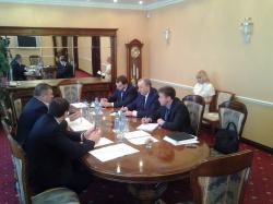 Губернатор в Москве провел переговоры по развитию ипподрома и ремонту моста
