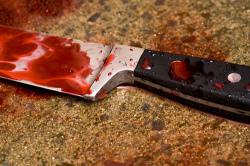 Гражданин ударил себя ножом в сердце