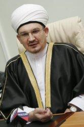 Имам Мукаддас Бибарсов высказал свое отношении к ваххабизму, школьной форме и однополым бракам