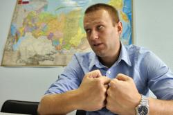 """Оппозиционер о приговоре Навальному: """"Из его сути следует, что любая торговая сделка может быть признана хищением"""""""
