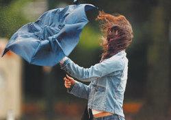 Синоптики предупреждают о грозе и шквалистом ветре