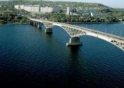 По состоянию на 1 января 2010 года жителей в городе Саратове было всего.