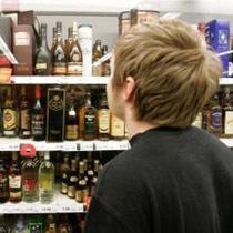 Депутат Баталина предлагает запретить детям входить во все магазины, где продается алкоголь
