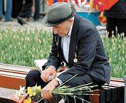 Предлагается освободить 90-летних ветеранов войны от оплаты за ЖКУ