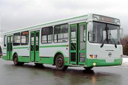 """Обнаружено 26 автобусов, """"ночующих"""" на улицах и во дворах"""