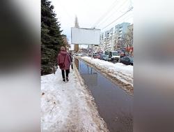 Новые тротуары в Заводском районе затопило