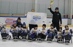 Саратовцы выиграли межрегиональный турнир по следж-хоккею