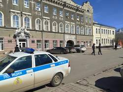 Администрацию Саратова эвакуировали из-за письма о взрыве
