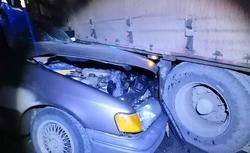 Водитель Форда погиб в столкновении с фурой на трассе