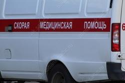 На улице Ростовской ребенок выпал из окна третьего этажа