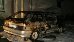 Горожанин сжег машину соседа из-за неприязни