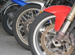 Молодой мотоциклист повторно попался пьяным за рулем