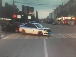 Полицейские разбили служебную машину при погоне за пьяным водителем