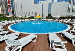 В Саратове начали работать 2 бассейна под открытым небом