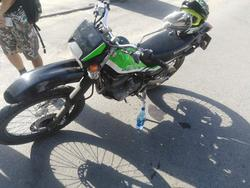 Мотоциклист сбил женщину на переходе