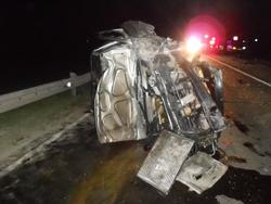 Ночью на трассе произошло столкновение трех машин