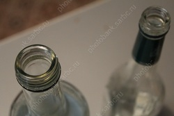 Горожанке ограничили свободу за торговлю разбавленным спиртом