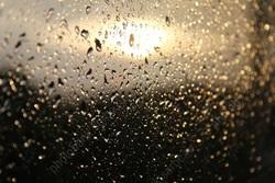 На смену теплой погоде придут похолодание, дожди и грозы