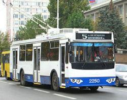 """Четыре троллейбуса будут курсировать по укороченной схеме маршрута 4  """"Центральный...  16 августа 2011, вторник, 17:40..."""