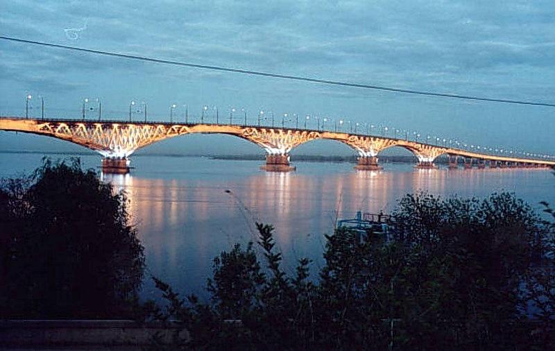 """Во время ремонта моста """"Саратов-Энгельс"""" предлагается изменить график работы для некоторых граждан"""