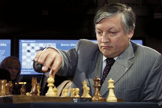 К разрешению конфликта вокруг ДЮСШ N7 может подключиться гроссмейстер Анатолий Карпов