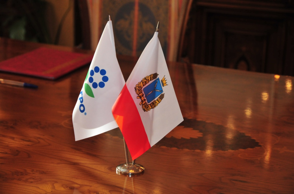 Саратовский губернатор остался среди глав регионов свысоким рейтингом