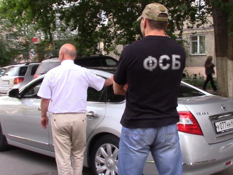 Сотрудника саратовской прокуратуры арестовали поделу окоррупции