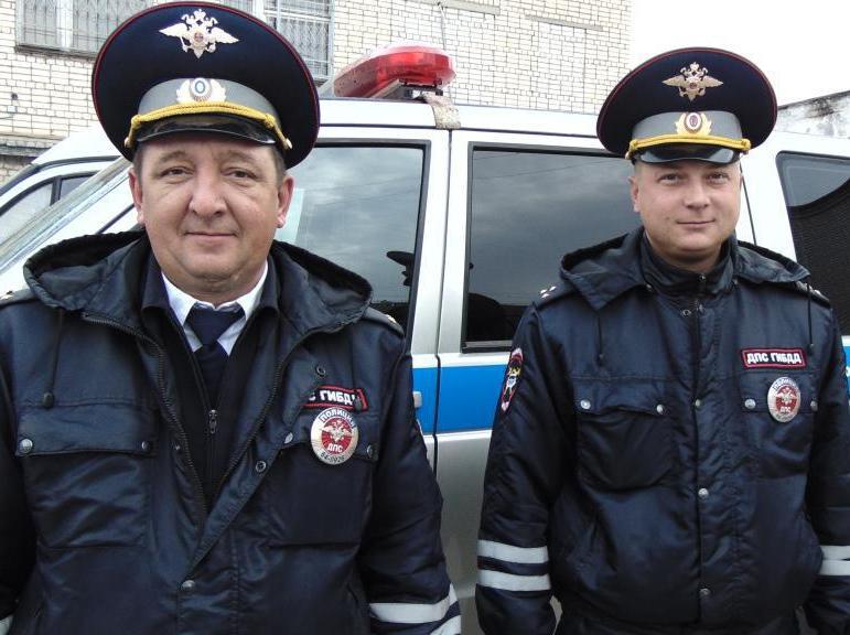 Гражданин Оренбурга поблагодарил саратовских полицейских заспасение его сына