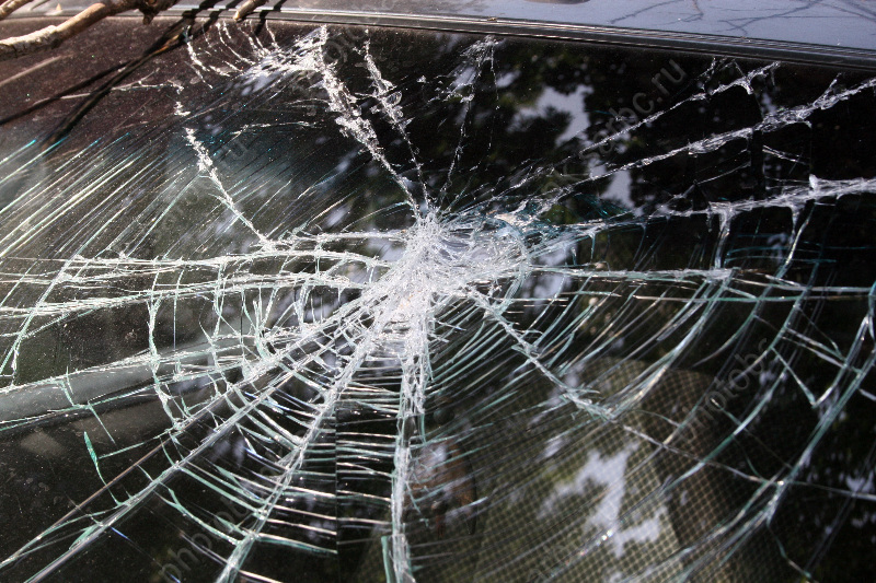 Вкрупном ДТП сучастием «Мерседеса» наНавашина погибла женщина