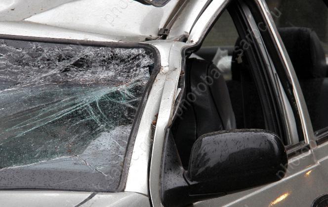 Натрассе найден перевернувшийся автомобиль спогибшим водителем