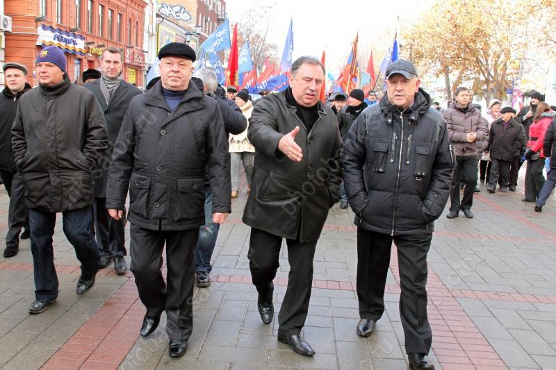 Надолжность руководителя Саратова осталось два кандидата