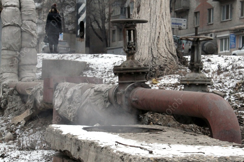 Вколлекторе теплотрассы впожаре погибли двое