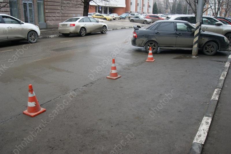 Неменее  60 процентов саратовцев одобрили платные парковки