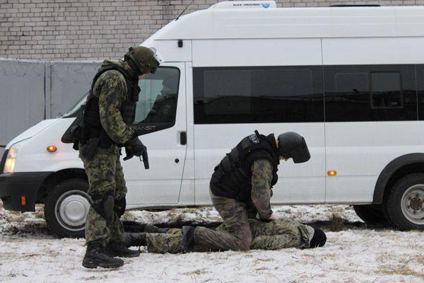 Саратовские СОБРовцы 5 дней выслеживали вПодмосковье 2-х сутенеров