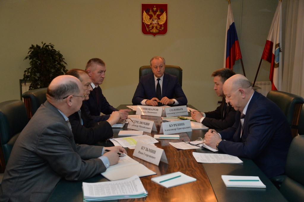 Губернатор Радаев потребовал ускорить уборку снега