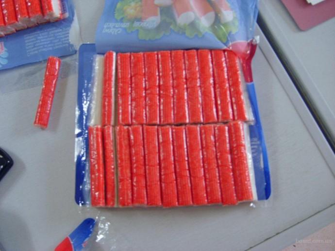 Рецидивист успел съесть украденные крабовые палочки дозадержания