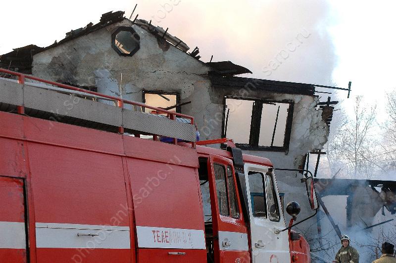 Жительницу Маркса отыскали напепелище сгоревшего дома